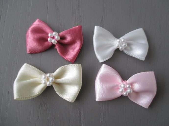1 x Satin Ribbon Bow With Pearl