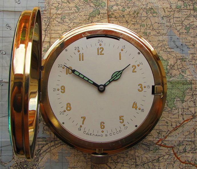 Military Soviet Vintage 50's Mechanical Radio Room Ship Wall Brass Clock Vostok