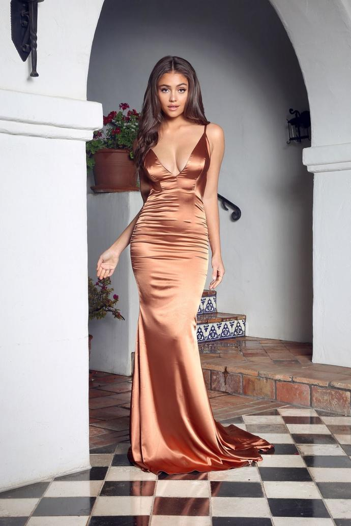 Pleated V Neckline Silk Like Satin Mermaid