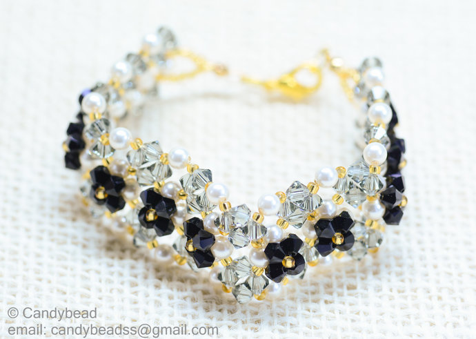 SALE; Size 7 to 8 inches; Swarovski Bracelet; Crystal Bracelet; Blink Black