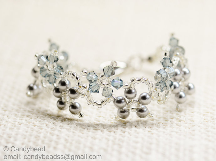 SALE; Size 7 to 8 inches; Swarovski Bracelet; Pearls Bracelet; Glass Bracelet;
