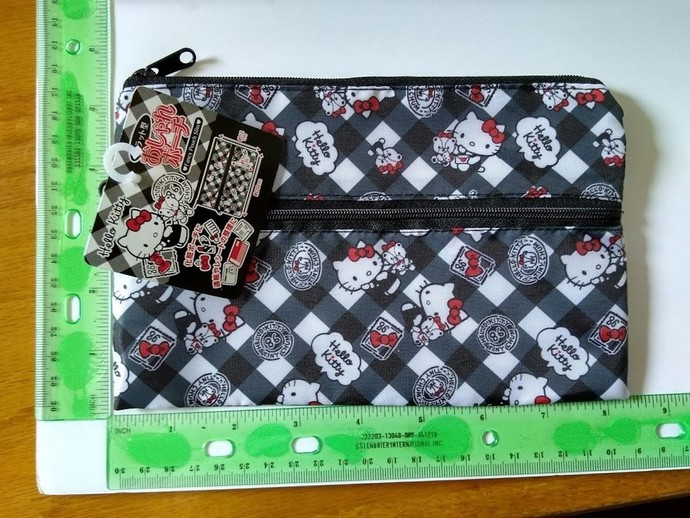 Kawaii sanrio hello kitty plastic pouch great for cosmetic bags...etc.