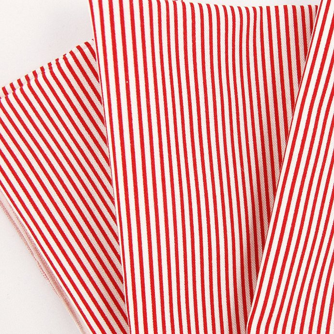 Stars and Stripes Fat quarter fabric bundle Red - 100% cotton - Patriotic