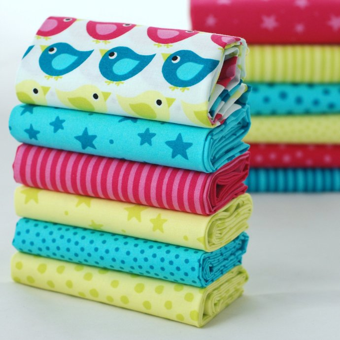 Organic 6 Fat Quarter Fabric Bundle - 100% organic cotton Baby Safe - quilting