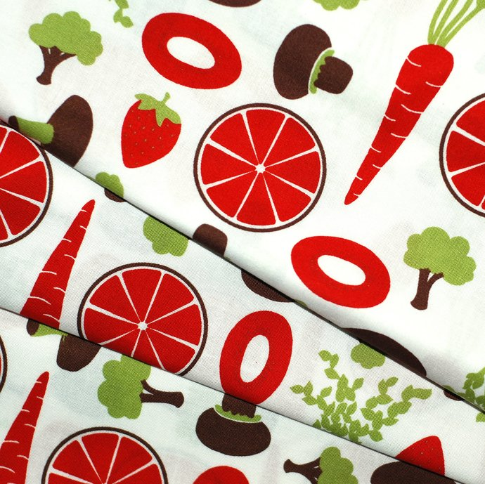 Retro Kitchen Red 100 % cotton craft fabric - width 62 inches - sewing quilting
