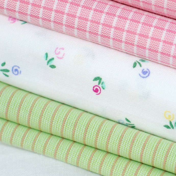 Organic Fat Quarter - Baby Safe craft fabric - 100% Cotton - floral pastels