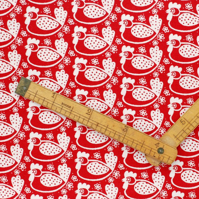 Cute Chicken 6 Fabric Fat quarter bundle - 100% cotton - red white - bunting