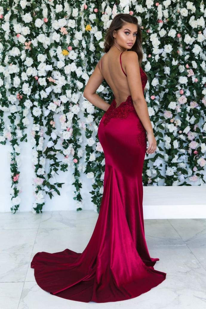 Gorgeous Spaghetti Straps Red Prom Dress Backless Evening Gown