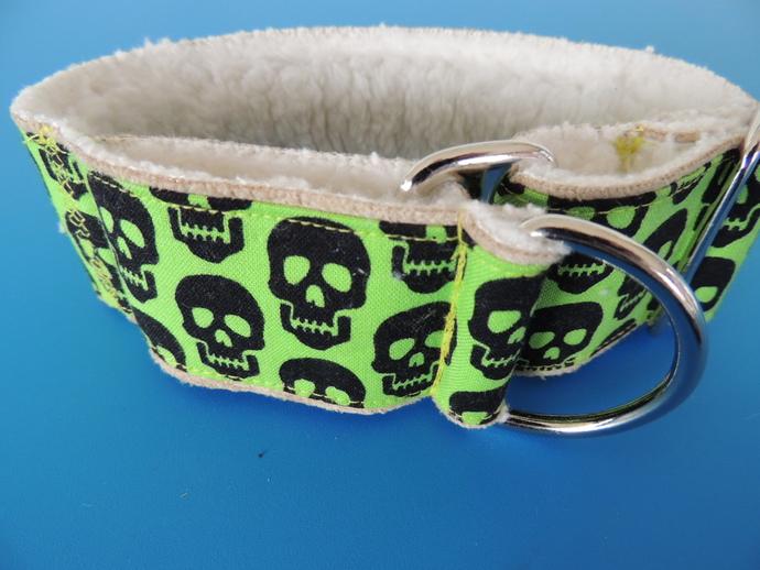 """Wide Walking Collar Neon Green Skulls -10-12"""" neck"""