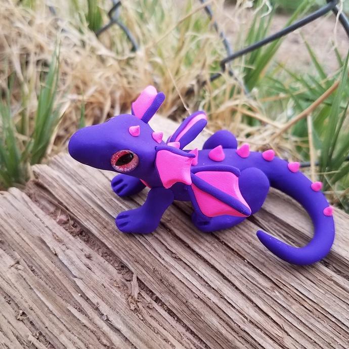 Beautiful Clay Dragon 'Aiya' purple/pink