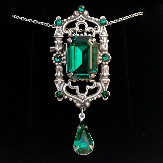 Green gothic necklace goth jewelry by aranwensjewelry on zibbet green gothic necklace goth jewelry victorian pendant emerald swarovski pendant aloadofball Gallery