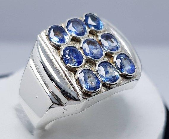 Natural Dark Blue Lustrous Sapphire Band Rich Blue great Color Ceylon Srilanka