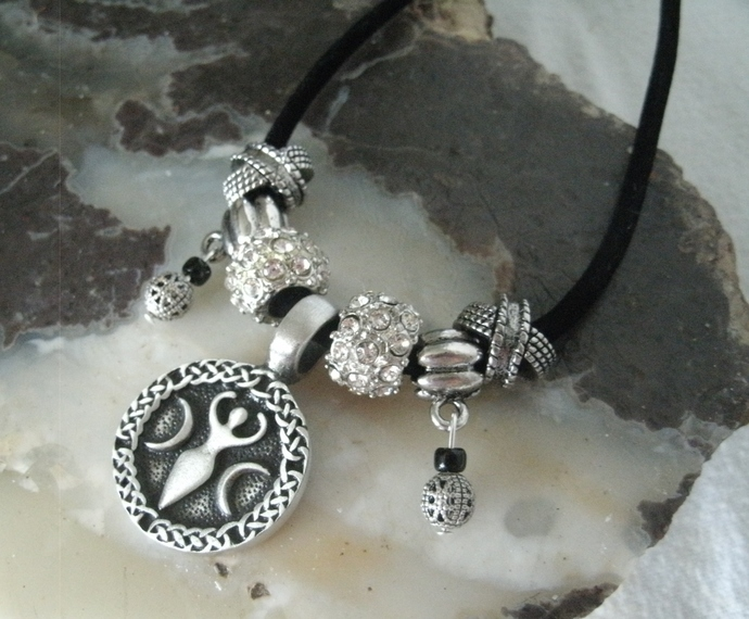 Goddess Necklace wicca wiccan pagan witch witchcraft handmade jewelry