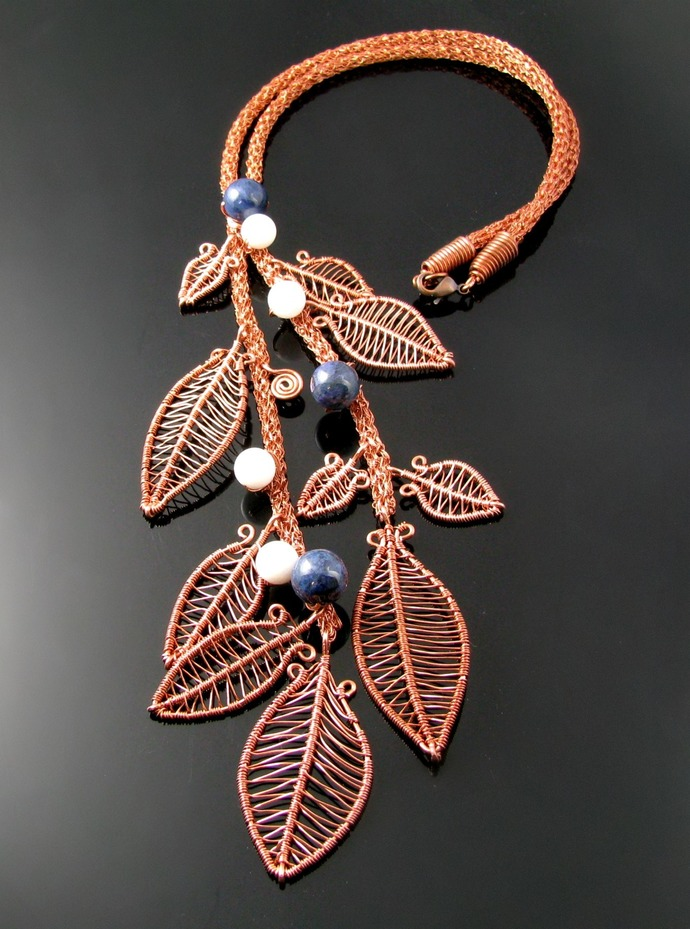 Wire crochet rope necklace with wire woven leaves and stone berries