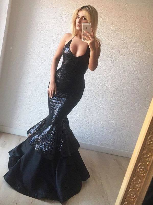 Sexy Sequin and Taffeta Long Spaghetti Straps Mermaid Prom Dresses 2018