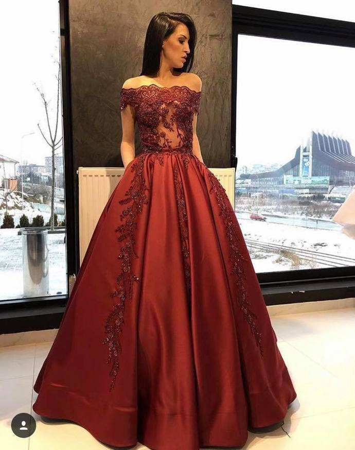 Sexy Burgundy A-line Applique with Beads Ball Gown Strapless Prom Dress 2018