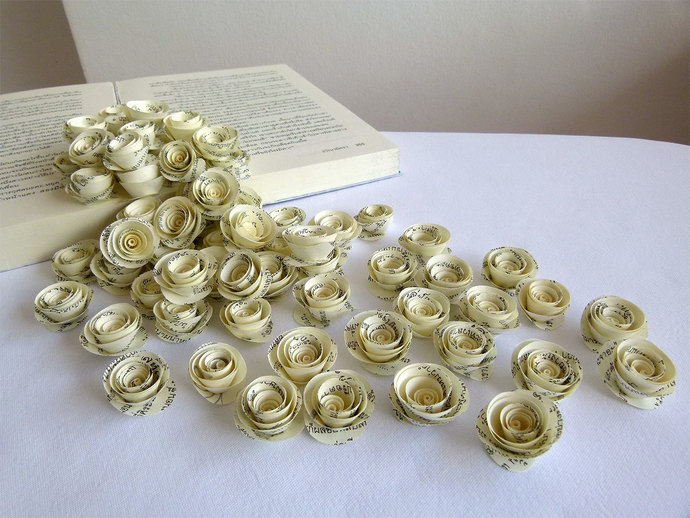 100 Pcs Loose Paperflowers By Susetta Lees Paper Flowers On
