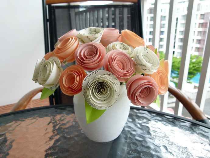 A delicate bouquet of paper by susetta lees paper flowers on a delicate bouquet of paper flowers handmade from paper in different colors and mightylinksfo