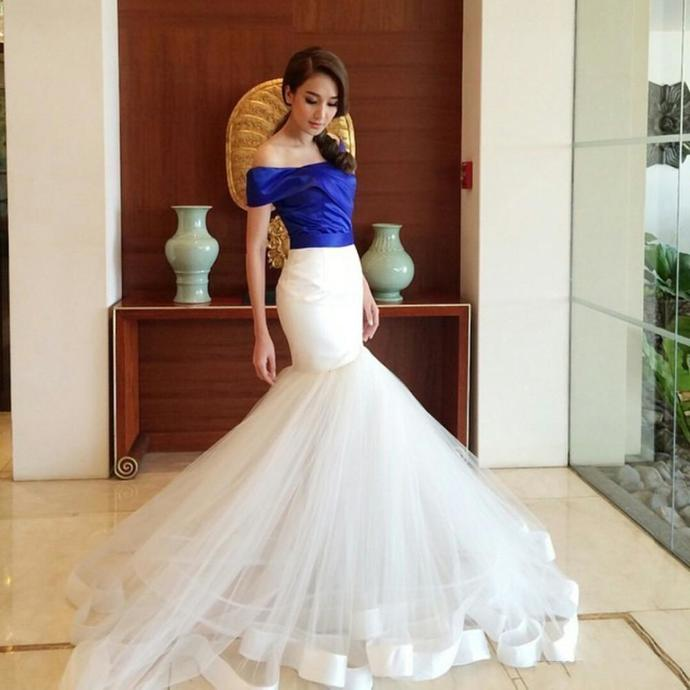 Dubai Royal Blue and Ivory Mermaid Prom Dresses Arabic Off Shoulders Ruched Long