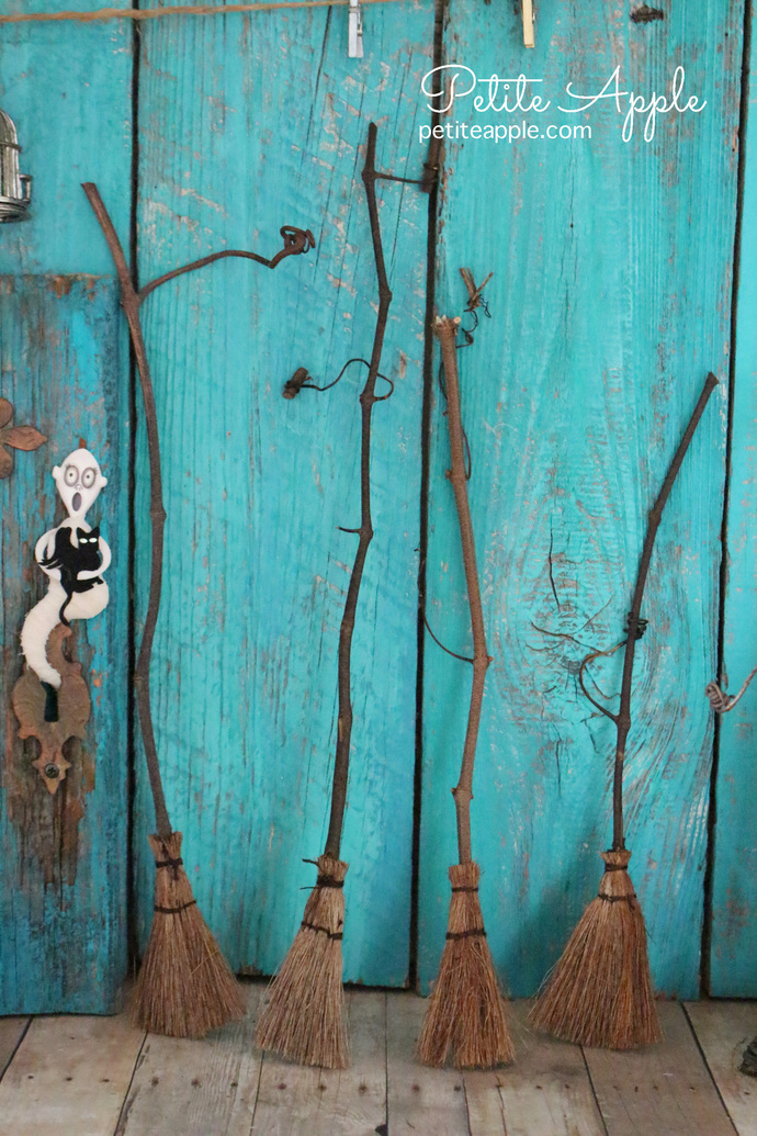 Witch magic broom for Dolls, Blythe, Pullip, Monster High, Barbie and more...#3