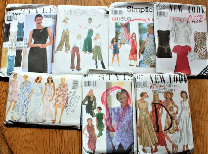 Patterns Simplicity/McCalls/RARE & HTF New Look/ Butterick Sewing Patterns