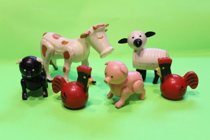 Fisher Price Little people-Animals - BLACK Pic, Pink Pig, 2 Roosters, A Cow and