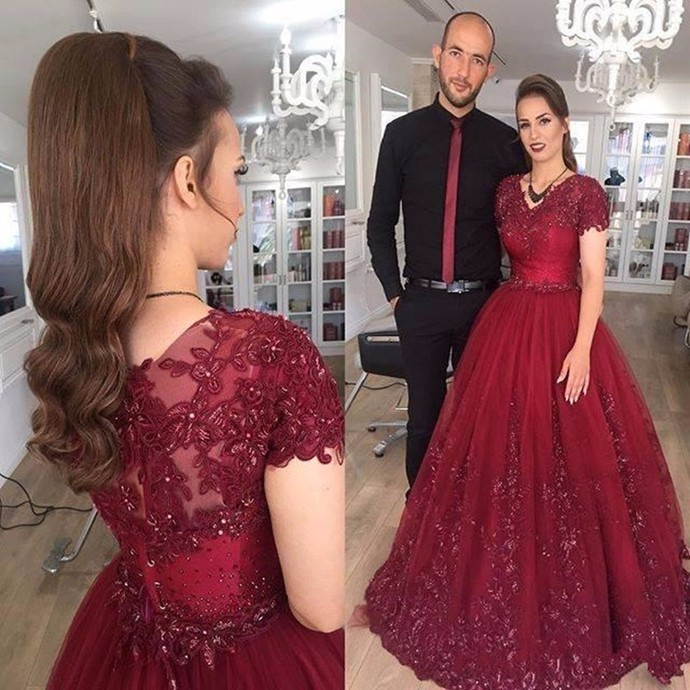 Custom V-NECK Tulle Ball Gown Prom Dresses, Ball Gown Prom Dresses, Ball Gown
