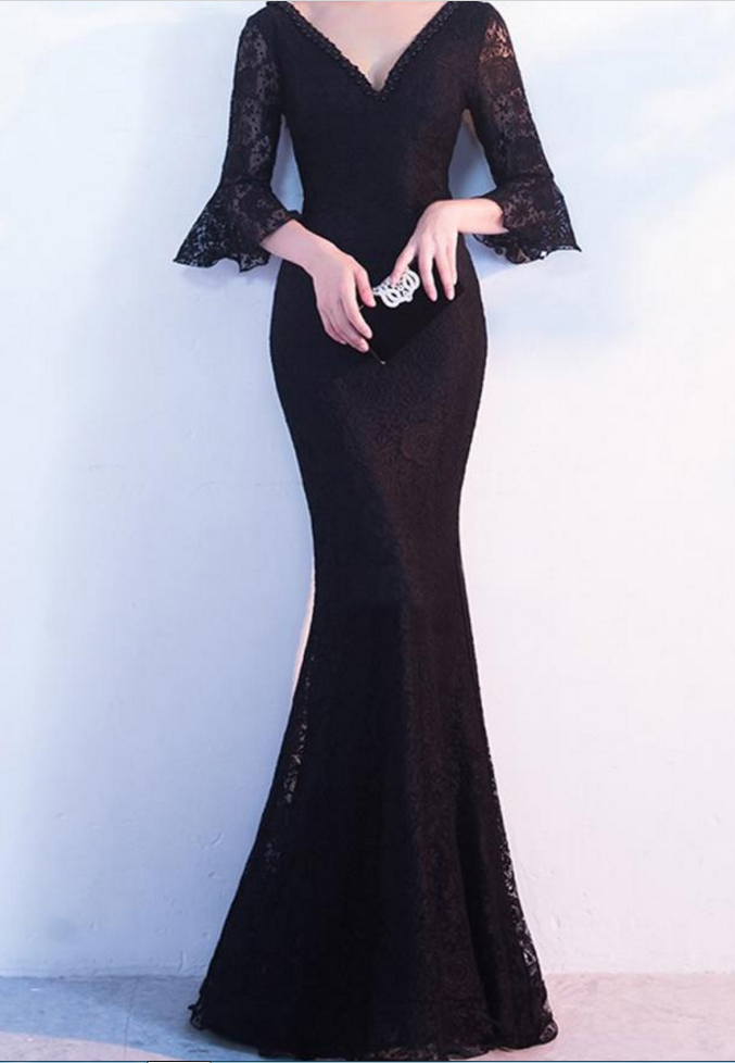 Black V-Neck Lace Mermaid Floor-Length Prom Dress, Evening Dress Featuring Bell