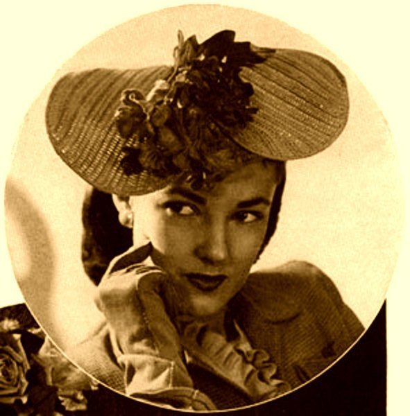 Instant PDF Download Vintage Late Forties Crochet Pattern to make A Ladies