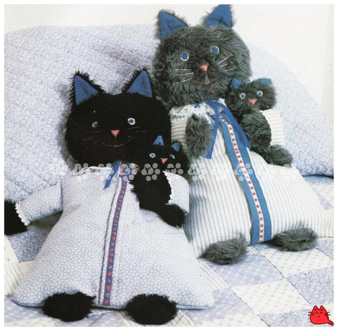 PDF Instant Download Vintage Sewing Pattern to make A Cute Cat & Tiny Kitten