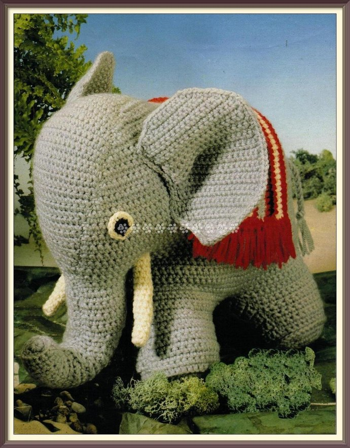 Vintage 70's Crochet Pattern to make a Cute a Stuffed Soft Toy Baby Elephant