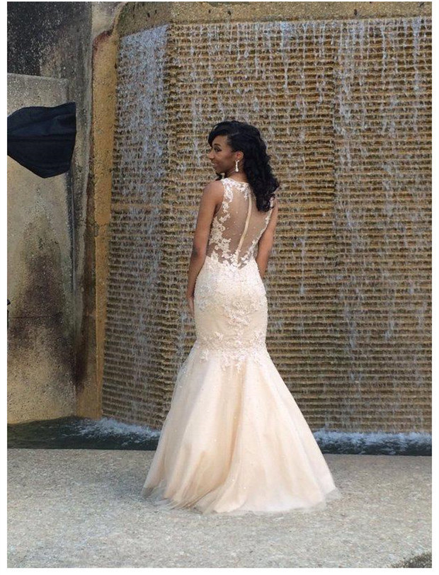 Champagne Tulle Prom Dresses Mermaid Long Sleeveless Evening Dresses Appliques