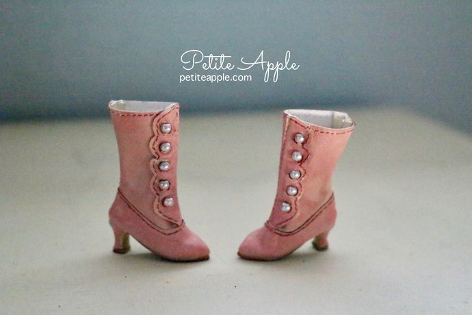 Victorian Boots for Blythe dolls and others (up to 3cm feet)- SALMON