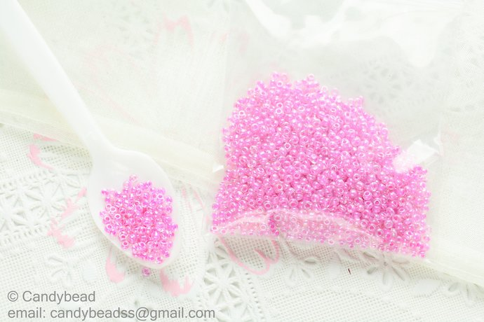 2mm Pink and White Seed Beads, Pink colors, 23g.