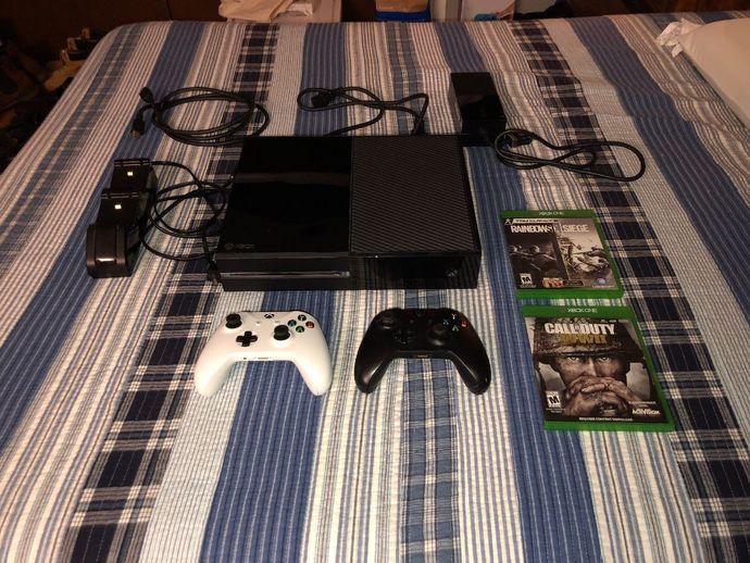 Microsoft Xbox One Day One Edition 500GB Black Console Custom Bundle
