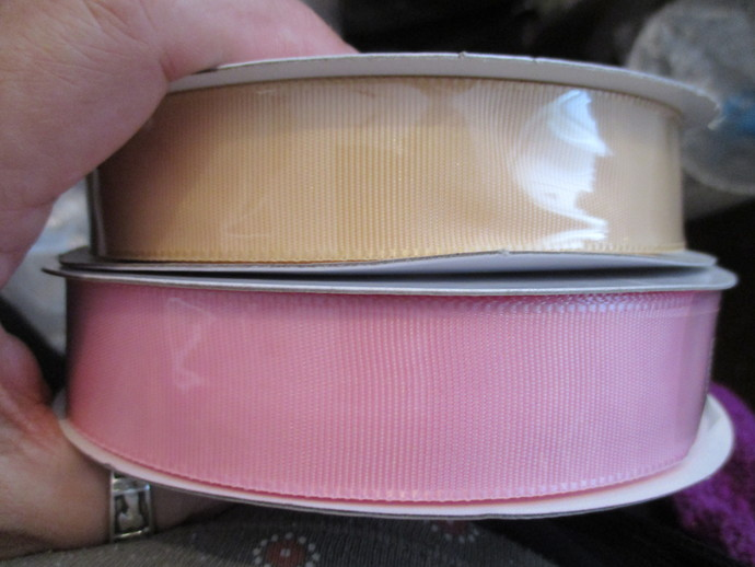 1mt of 1 inch wide Grosgrain Ribbon