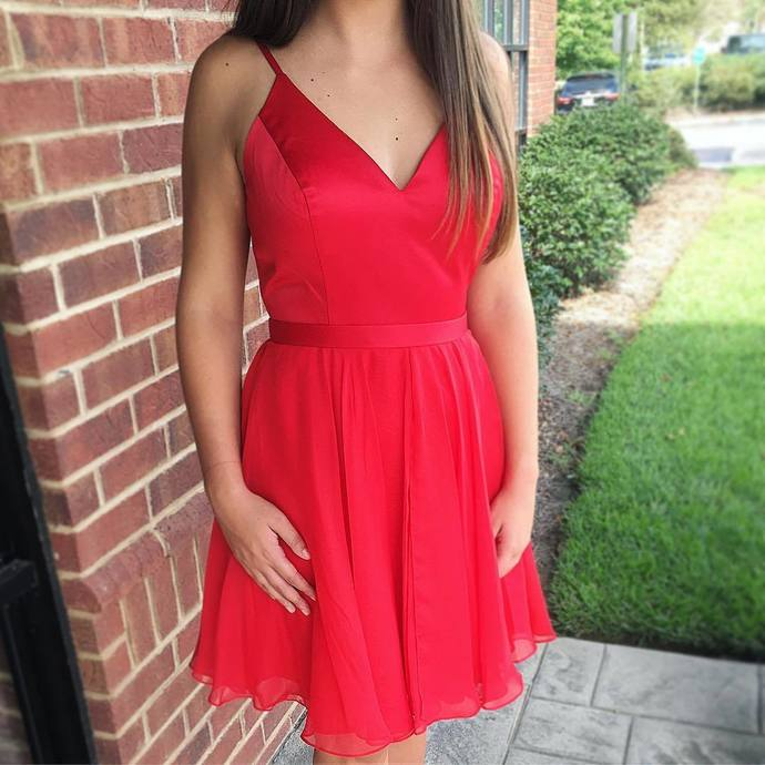 Princess V Neck Tulle Short Homecoming Dress Red Prom Gowns