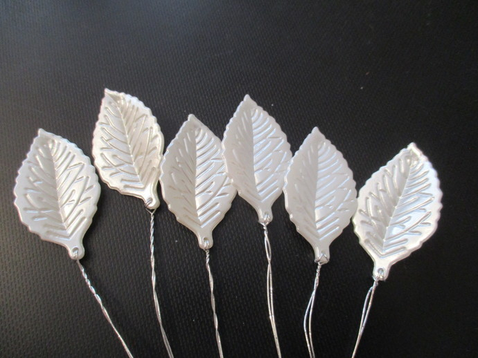 6 x Acrylic Leaves on Wire