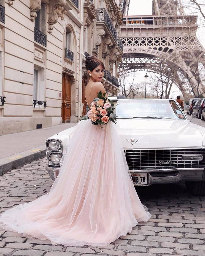 Romantic A-line Straps Champagne Long Bridal Gown Wedding Dress