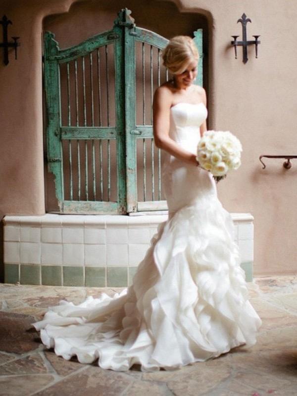 Ivory Mermaid Wedding Dresses Strapless Sexy Multilayered Wedding Dresses