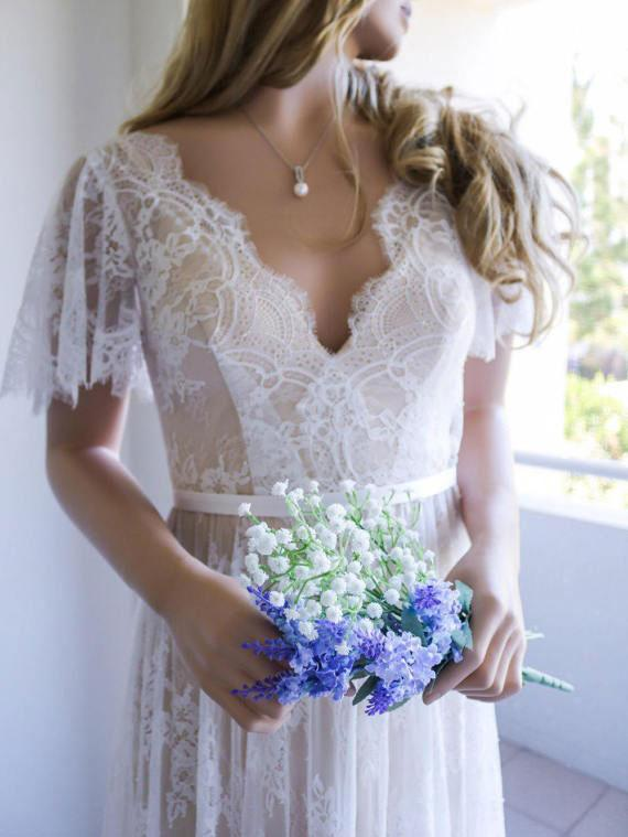 Open Back Fitted Lace Beach Wedding Dresses Short Sleeve Bridal Gowns