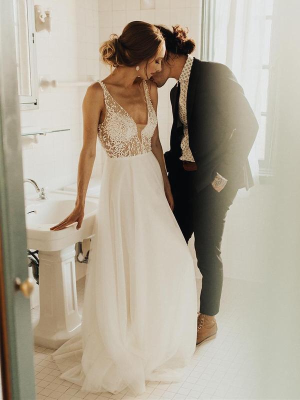 Ivory Beach Wedding Dresses See Through Pearl Beaded Rustic Wedding Dress