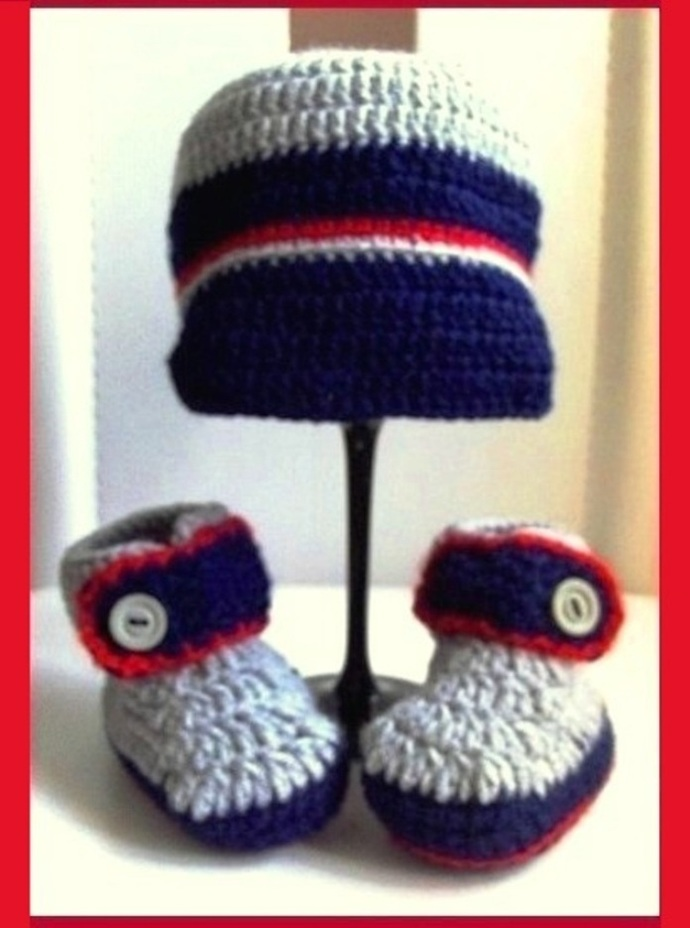 251d994ebc4 Crochet baby Boy Set - hat and booties by BabyGifts on Zibbet