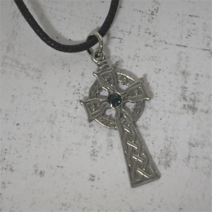Pewter Celtic Cross    BM37