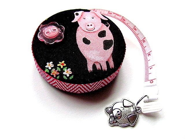 Measuring Tape Spotted Pigs Retractable Tape Measure