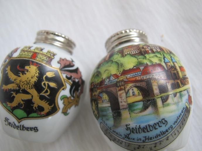 Gerold Porzellan Bavaria vintage Heidelberg Germany Souvenir Salt and Pepper