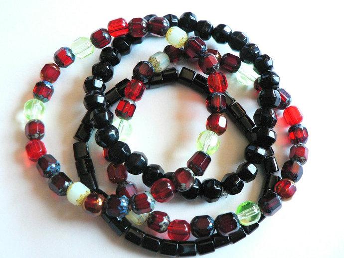 Red Black Green Beaded Comfort Stretch Stacking Bracelets Set of 4