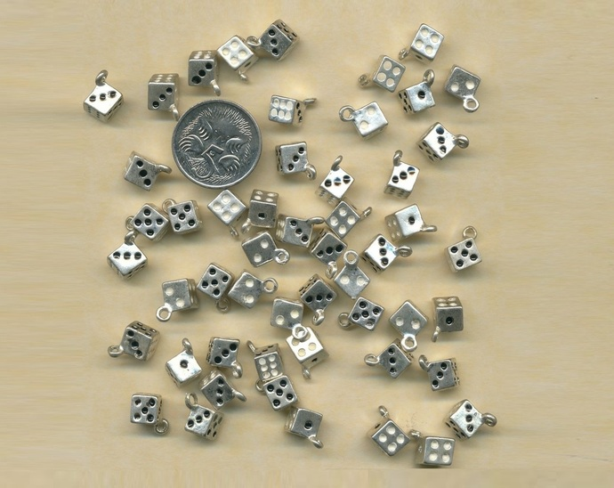 50 Dice charms