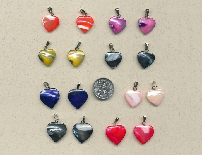 14 Mother of Pearl heart charms