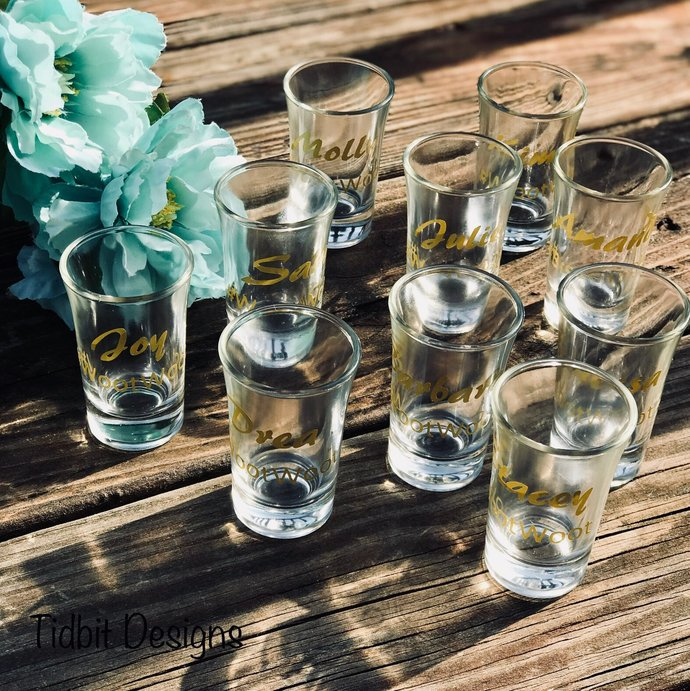Personalized Set of 25 Shot Glass - Many Styles